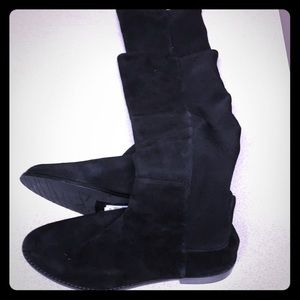Tall suede black boots